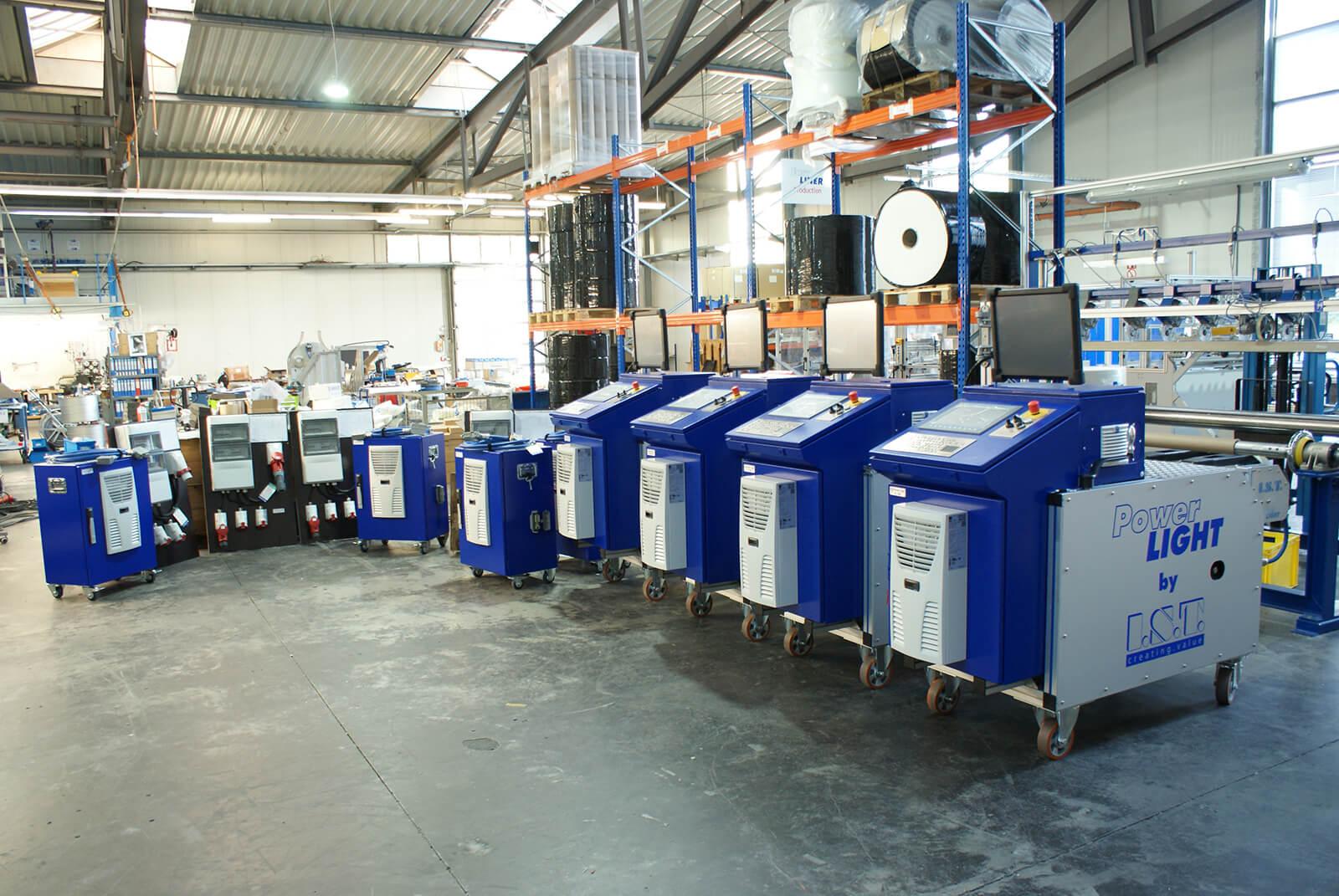 UV Kompaktanlagen fertig für Auslieferung